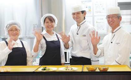 株式会社ジェイ・エス・ビー・フードサービスオープニングの調理補助及び洗い場画像