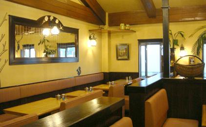 レストラン サウスクラブホールスタッフ〔接客、配膳など〕画像