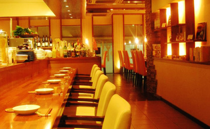 resort dining Se Relaxer(ス・ルラクセ)ホールスタッフ〔接客・洗い物など〕画像