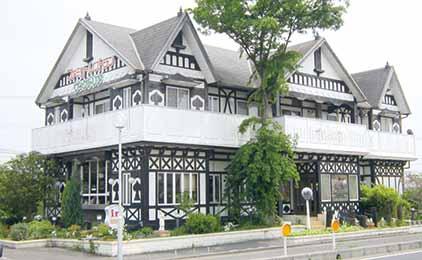 カジュアルレストラン ヴィクトリアホール及びキッチン補助画像