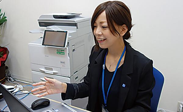 ブロードマインド株式会社 四国支社来店型保険ショップスタッフ画像
