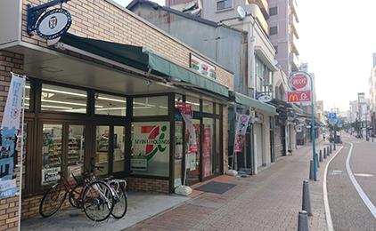 セブン-イレブン 松山城ロープウェイ街店コンビニスタッフ〔週2、3日〜OK〕画像
