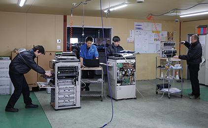 株式会社 日本オフィス千葉 岡山工場OA機器メンテナンススタッフ画像
