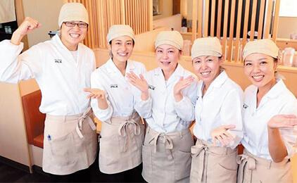 天丼・天ぷら本舗 さん天 徳島川内店天丼専門店スタッフ画像