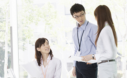 KIZUNAグループ 本社事務スタッフ〔車通勤可〕画像