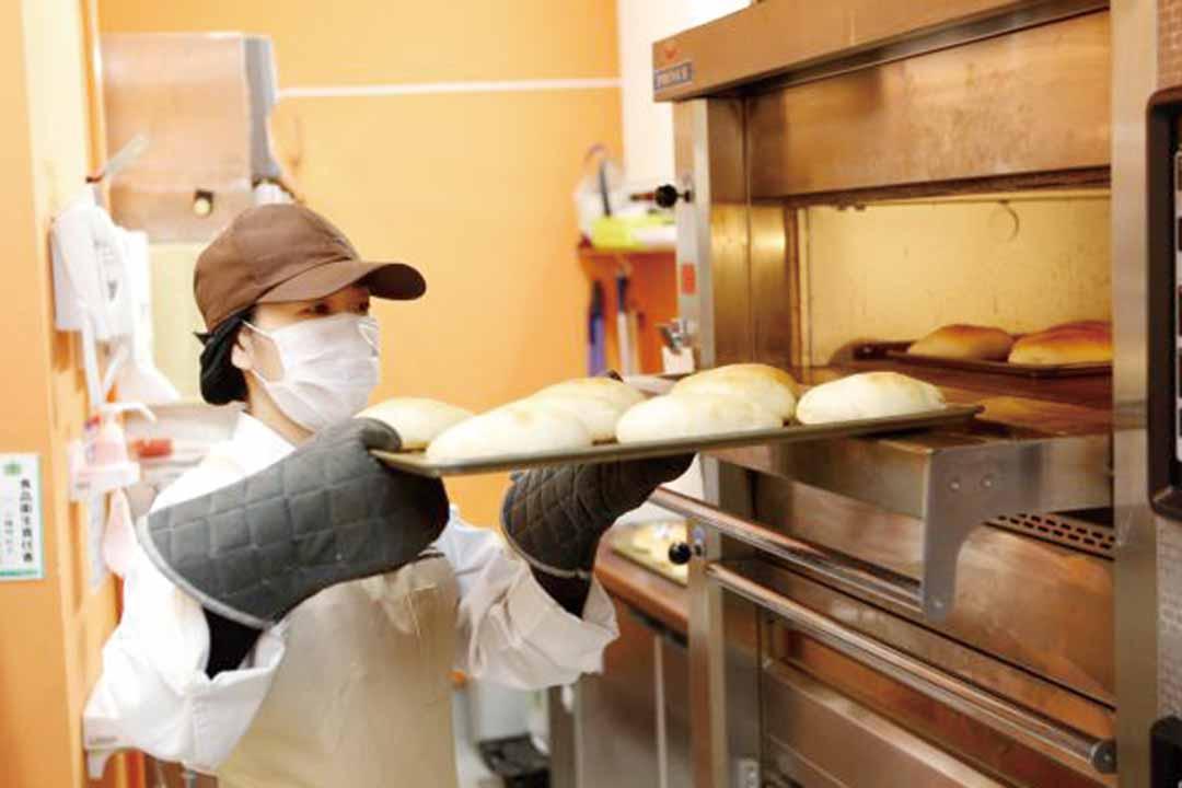 株式会社山陽マルナカ 一宮店焼き立てパン担当画像