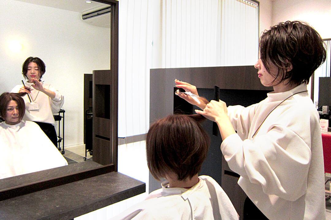 クレアトゥール・ネクストスタイリスト〔美容師〕画像