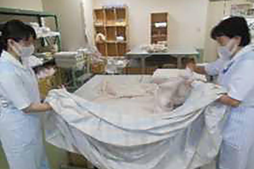 ワタキューセイモア株式会社四国支店病院内リネン室スタッフ〔洗濯や納品回収〕画像