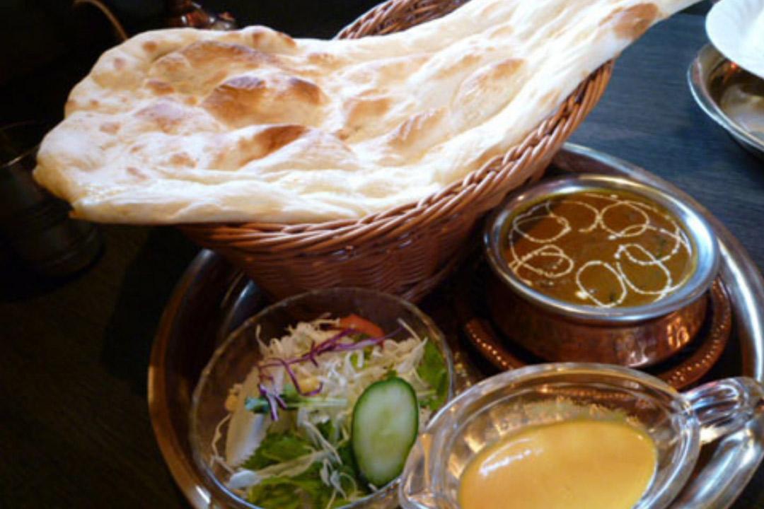 ネパール・インド料理 エベレストフードホールスタッフ〔週2日~OK〕〔急募〕画像