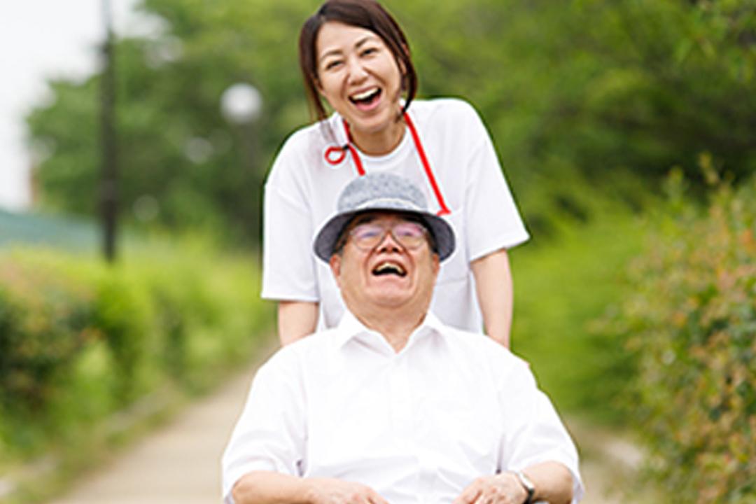 しごと計画学校 岡山校特別養護老人ホームでの介護スタッフ画像
