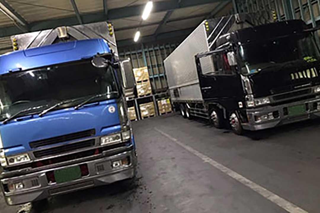 株式会社NHコーポレーション寮完備の大型一般貨物トラックドライバー〔大型冷凍車、ウイング車〕画像